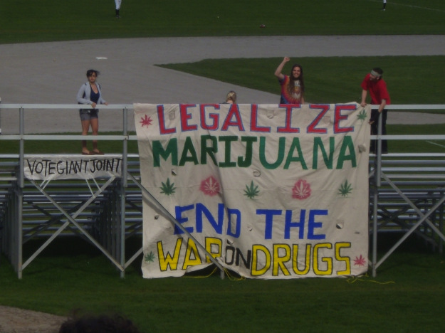 This picture was taken around 4:20 p.m. on April 20, 2010.